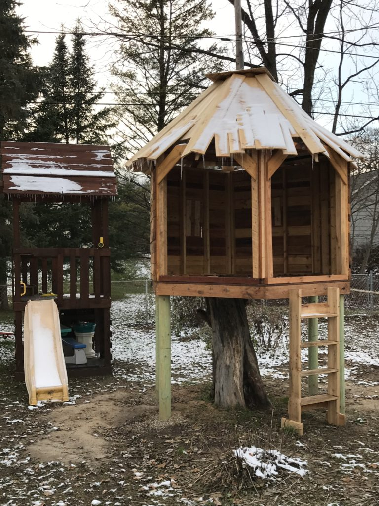 Do It Yourself Diy Tree House Project Part Ten